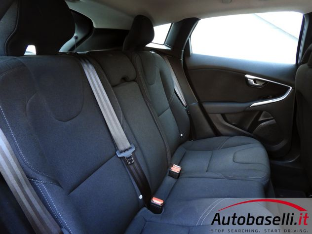 VOLVO V40 CROSS COUNTRY 2.0D2 GEARTR. BUSINESS - Foto 3