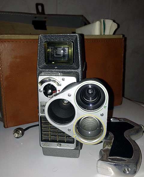 Cinepresa 8 mm BELL & HOWELL ELECTRIC EYE