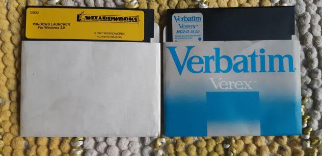 2 Floppy Disk da 5,25 pollici vintage hardware