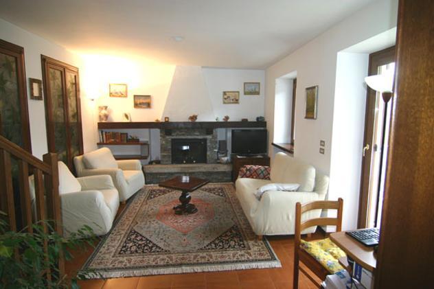 villa bifamiliare Sovazza di Armeno mq 140 Euro 290.000 - Foto 8