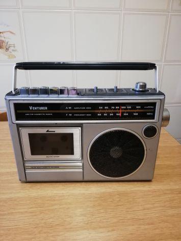 FM/AM Radio cassette recorder VENTURER CR-2838-8 vintage