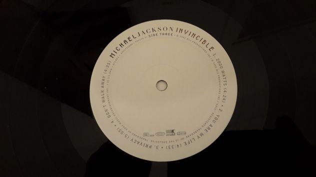 MICHAEL JACKSON, INVINCIBLE,  (ALBUM)  DOPPIO LP, 2001 TRADEMARK. - Foto 3