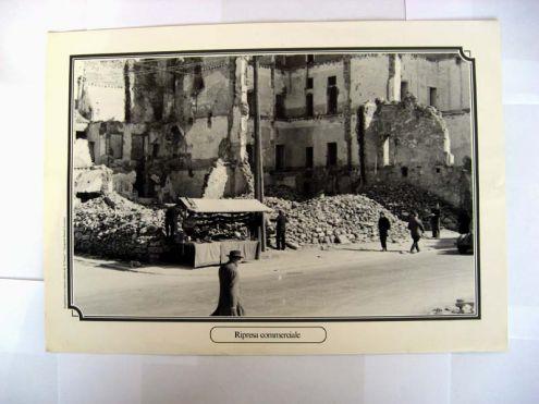Riproduzione foto a Livorno titolo-RIPRESA COMMERCIALE- serie - ANNI DI GUERRA