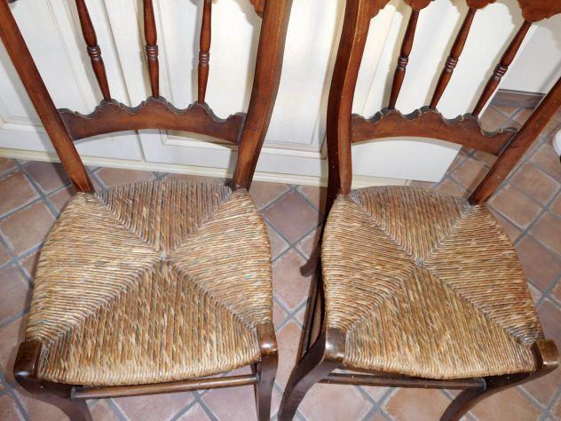 Sedie antiche 800 schienale con bellissime colonnine. Coppia