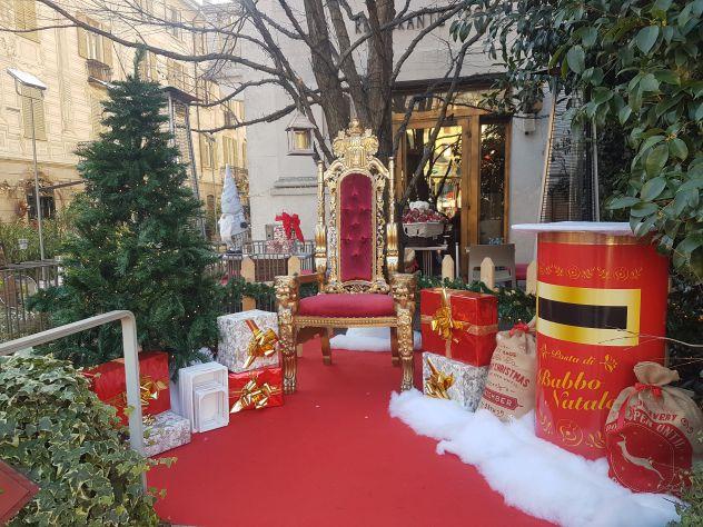 Allestimento Villaggio Di Babbo Natale.Noleggio Trono Di Babbo Natale Modena Milano Annunci Mantova