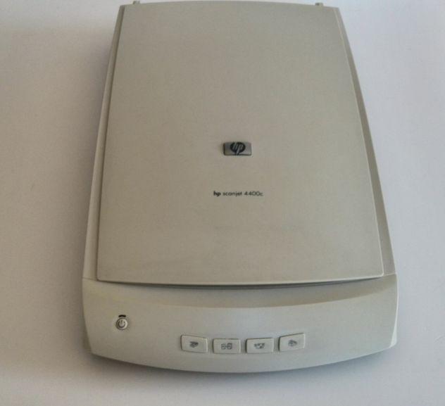 Scanner hp scanjet 4400c con alimentatore originale.