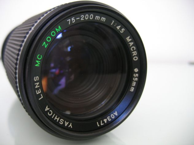 YASHICA MC ZOOM MACRO 75-200 mm. f/4.5 - Y/C - Foto 4
