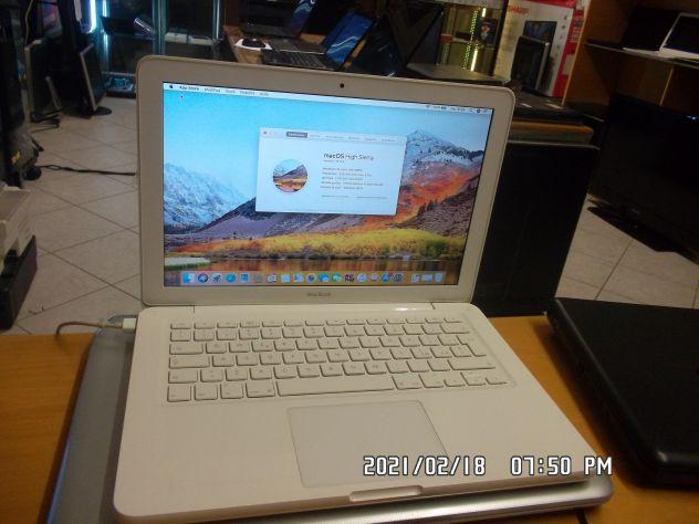 MACBOOK UNIBODY FINE 2010 . INTEL CORE 2 PROCESSOR  4GB RAM E 250GB HDD. AGGIORN