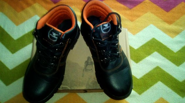 buy online fa533 7405f calzature-borse-accessori-porto-santelpidio-scarpe -anti-infortunistica-nuove-96d0061f72eb0a002021cbf7117a9521.jpg
