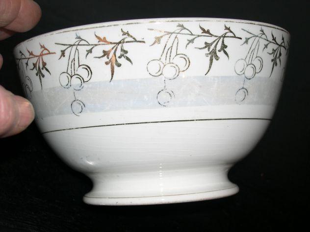 Antica tazza tazzone in ceramica SC Lombarda decorazioni natalizie in oro