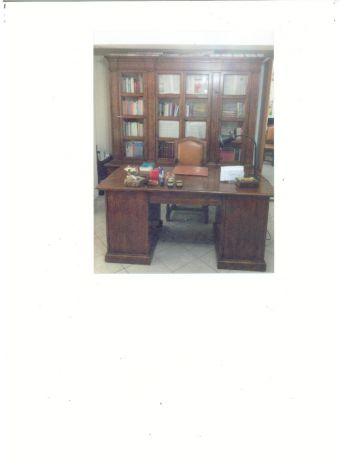 Mobili Per Ufficio Perugia.Mobili Per Ufficio Scrivanie Poltrone Libreria Annunci Perugia