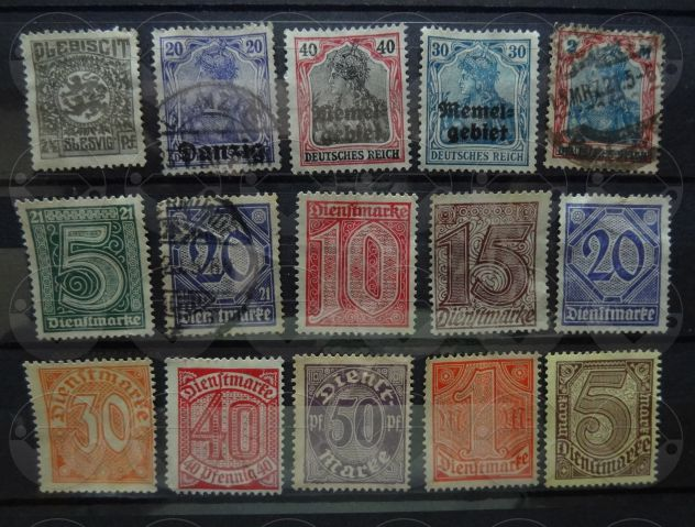 GERMANIA 1920-1921 Lotto di 45 francobolli