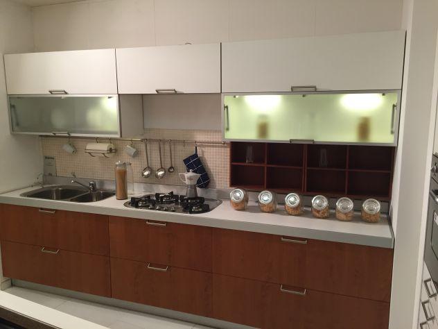 Cucina Componibile In Ciliegio : Vendo cucina nuova laminato bianco impiallacciata ciliegio
