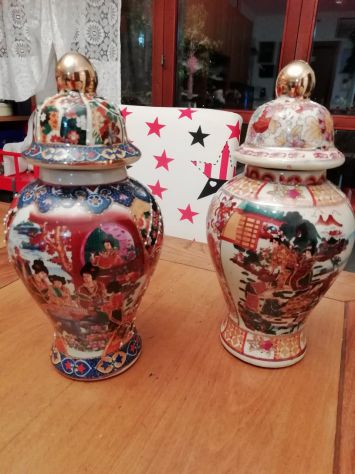 Coppia Antichi Vasi Cinesi ROYAL SATSUMA
