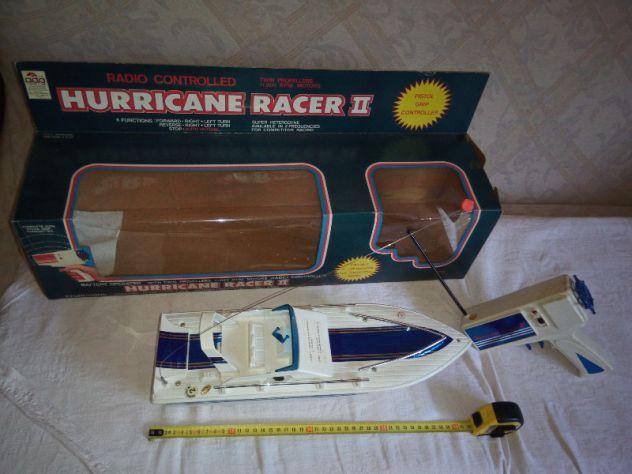 Splendido YACHT radiocomandato HURRICANE RACER II