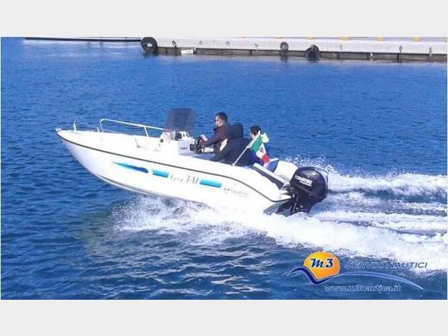 Barca a motore Easy Tai 17 anno2005 lunghezza mt5