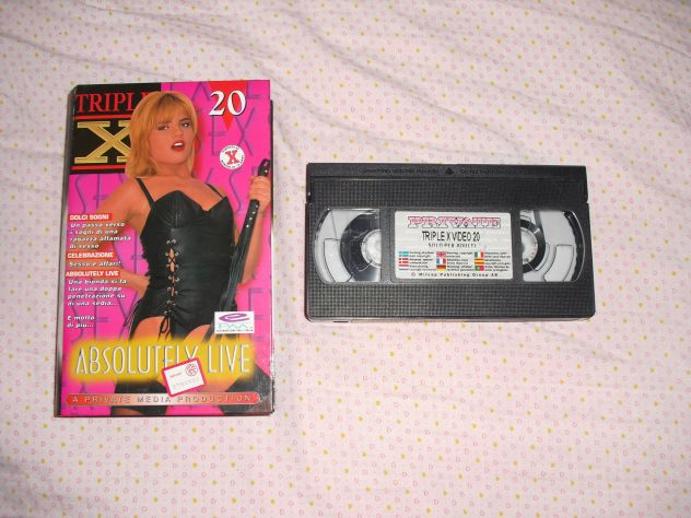TRIPLE X 20  - VHS  RARA V.M. 18 -  PRIVATE MEDIA