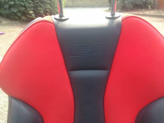 Audi s3 3 porte interne in pelle in nero e rosso Usato Euro 611