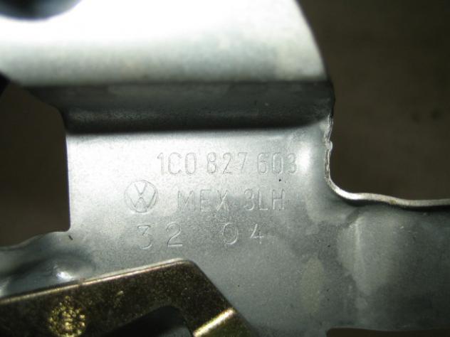 1C0827608 MOTORINO CHIUSURA SPORTELLO CARBURANTE VOLKSWAGEN NEW BEETLE 1.9  … - Foto 3