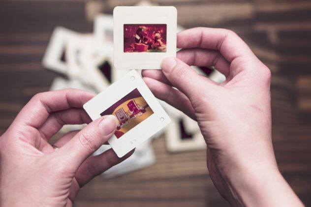 diapositive e negativi passati su file jpg