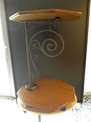 Tavolino artigianale in legno e ferro battuto con ruote - Nuovo