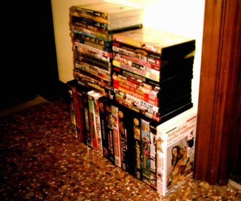 VHS e DVD ex noleggio per adulti - Foto 2
