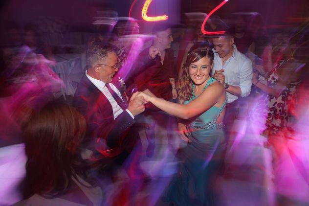 Dj set & Speaker per feste private e serate danzanti -Esperienza 15nna - Foto 3