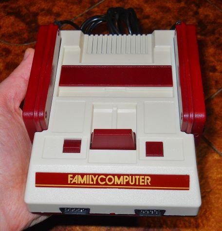 Console nintendo famicom mini clone con 400 giochi in memoria nes classic