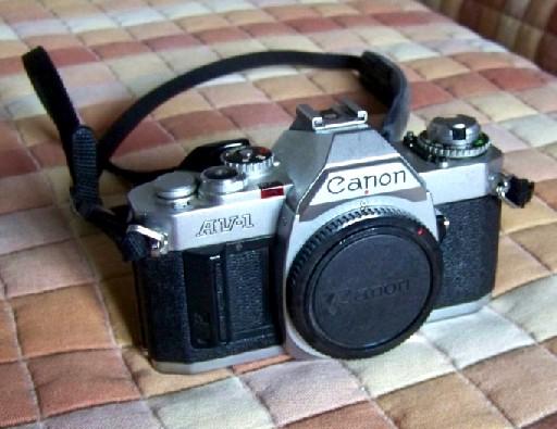 Fotocamera Reflex Canon AV-1