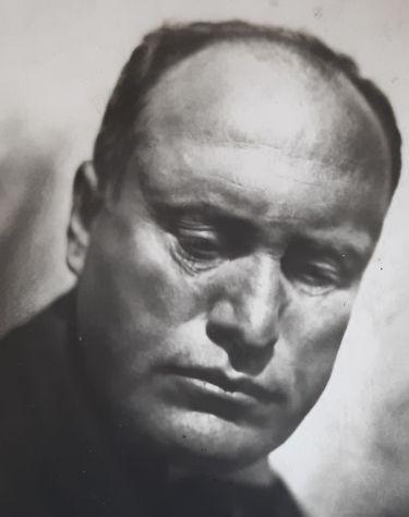 Cart. di Fotografia Mussolini - Viaggiata in Cecoslovacchia - Rarissima -