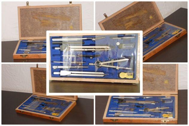 Compasso Universal 10/C, scatola in legno anni 70/80, NUOVO.