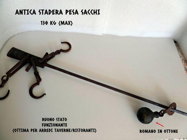Usato, Stadera antica (pesa sacchi) da 130 Kg (max) Bilancia d'epoca usato  Terzigno