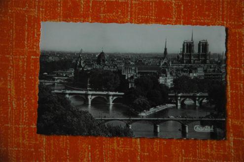 Cartolina di Parigi b n forse anni quaranta