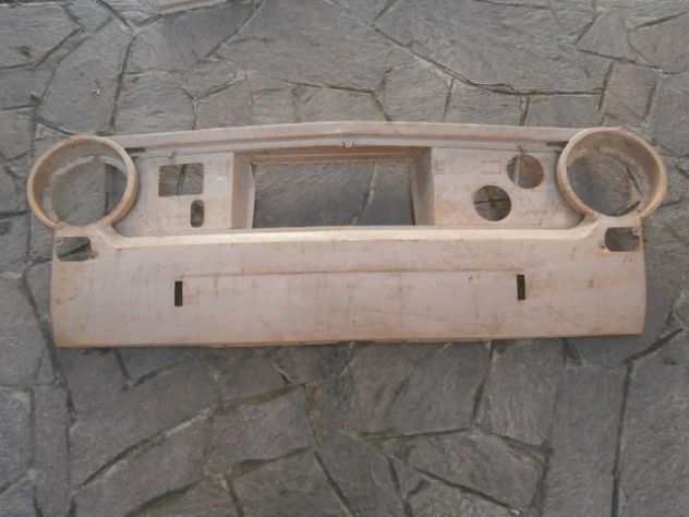 "Calandra anteriore Fiat 124 berlina prima serie ""NUOVA"" Front pan …"