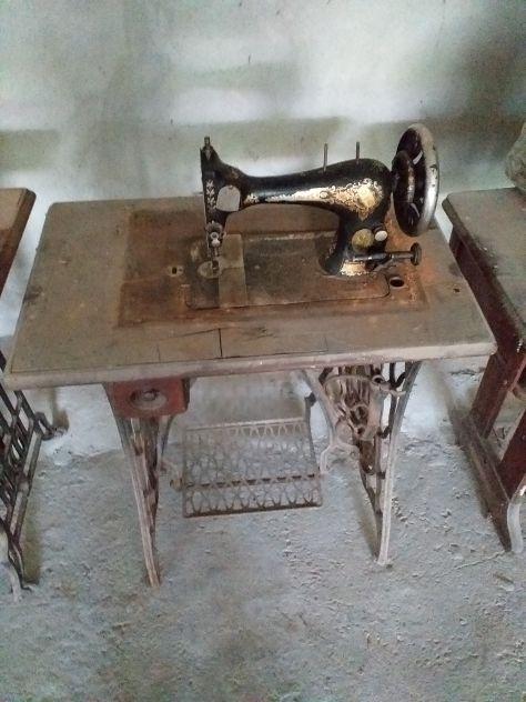Vecchia macchina da cucire