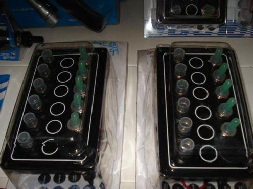 Pannello elettrico 5 interuttori con presa 12 V