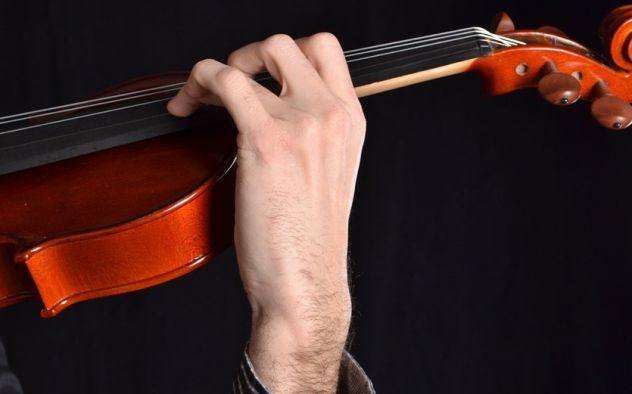Violinista per serenate, matrimoni, concerti a Prato e Firenze