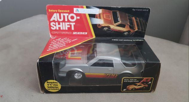 Camaro 1984 vintage con scatola vintage