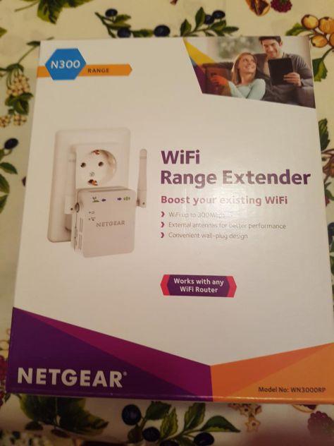 NETGEAR WIFI RANGE EXTENDER WN300RP