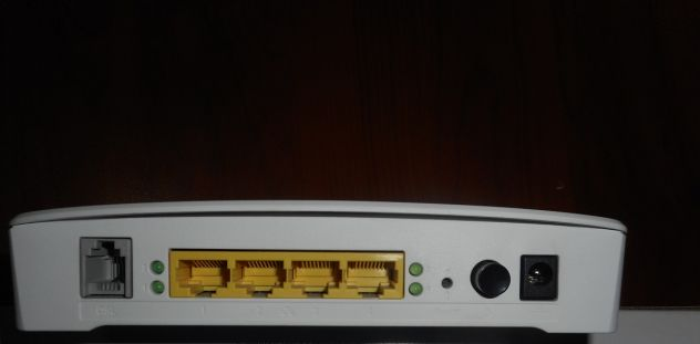 MODEM ROUTER ADSL WIFI TECNICOLOR - Foto 4