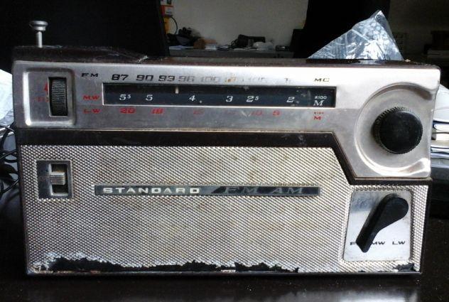 Radio da collezione STANDARD 9 Transistor anni 60