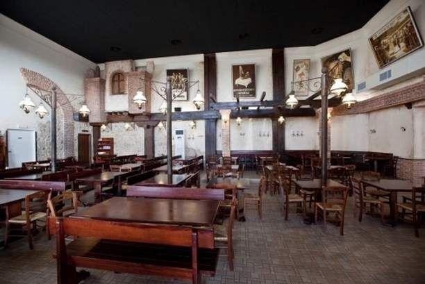 15 set completi tavoli e panche per arredo pub annunci for Compro arredamento usato