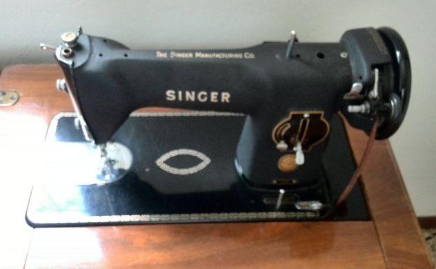 Macchina da cucire vintage Originale Singer