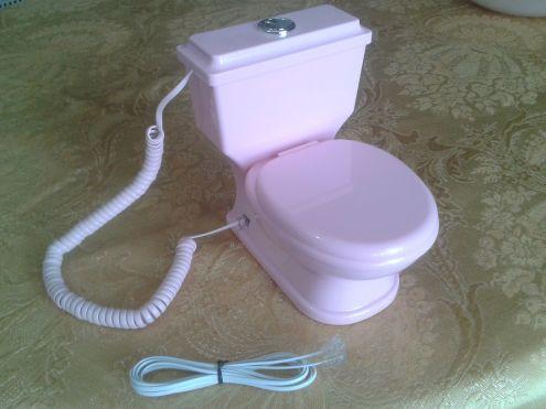 TELEFONO CON FILO A FORMA DI WC