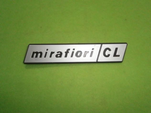 Fiat 131 mirafiori CL scritta fanale posteriore  NUOVA
