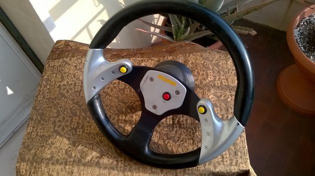 VOLANTE RACING MOMO F1 Concept con 3 pulsanti - Foto 7
