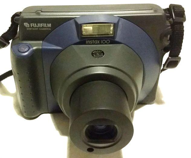 Splendida Polaroid Fujifilm Instax 100 testata nuova anno 1999