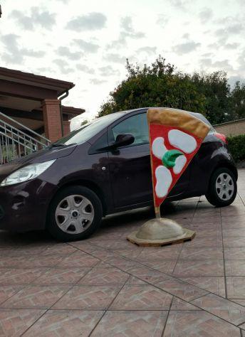 Insegna per pizzeria in vetroresina (fiberglass pizza), tridimensionale, a vela. - Foto 4