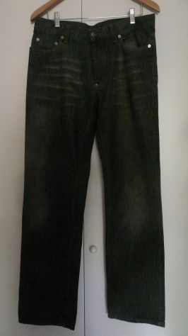 Pantaloni di tendenza uomo