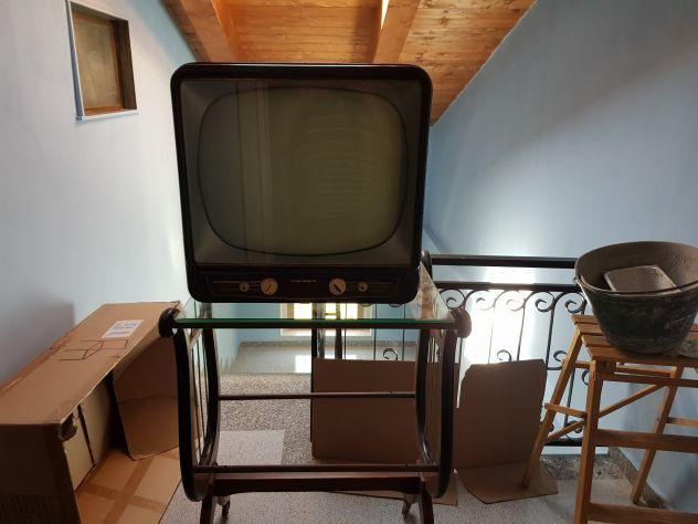 TV Magnadyne Mod. 671 Con Carrello Porta TV